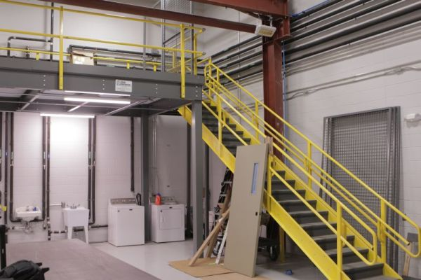 custom-warehouse-mezzanine