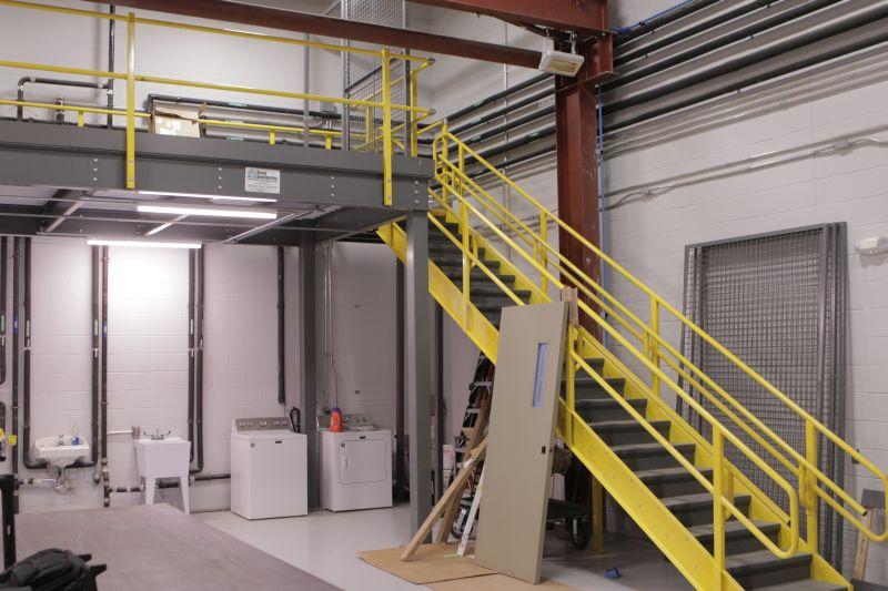 custom-warehouse-storage-mezzanine