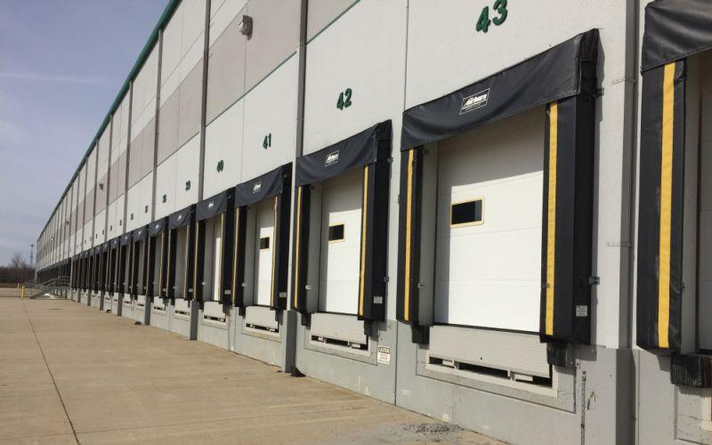 warehouse loading area dock seals